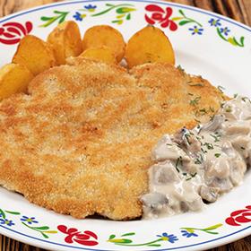 Шницель с грибным соусом с обжареным картофелем